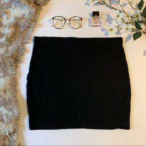 Garage Black Mini Skirt Size Large